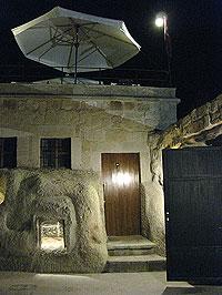 ギョレメの洞窟ホテル