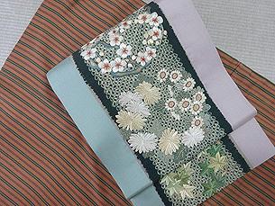 四季の花々丸紋刺繍名古屋帯
