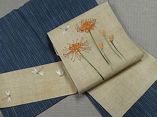 縦絣小千谷縮に彼岸花に蜻蛉刺繍帯