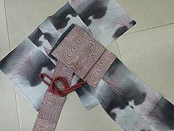 墨色ぼかしすすき単衣小紋に黒地葦に縮緬名古屋帯