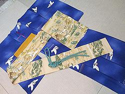 ブルー地群れ雀の小紋に稲の刈入れ風景染名古屋帯