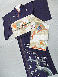 梅の五つ紋に蜀江文に檜扇の刺繍名古屋帯
