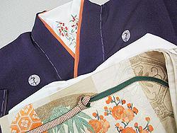 梅の五つ紋に南天の刺繍半衿
