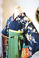 古典文様の黒振袖×袴