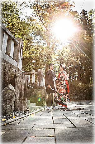 秋晴れと紅葉の神前式