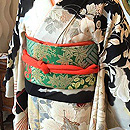 秋草に風景文様刺繍絽縮緬振袖