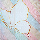 よろけ縞に蝶々の図中振袖