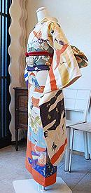枝垂れ藤に満開牡丹刺繍振袖