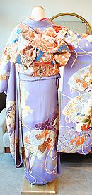 四季花々檜扇の図錦紗縮緬振袖