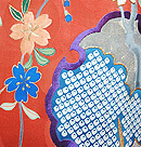 雪輪にエ霞と菖蒲の図刺繍振袖