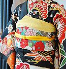 松竹梅に扇面刺繍黒振袖