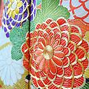 菊に牡丹花籠文様金通し振袖