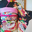 鶴に松と扇面の図黒振袖