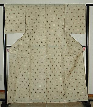 伝統工芸士による衣波多上布
