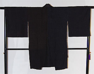 結城縞の寄せ裂コート