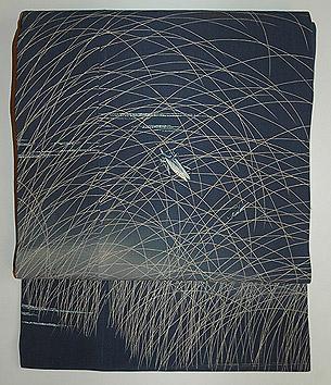 虫の刺繍名古屋帯