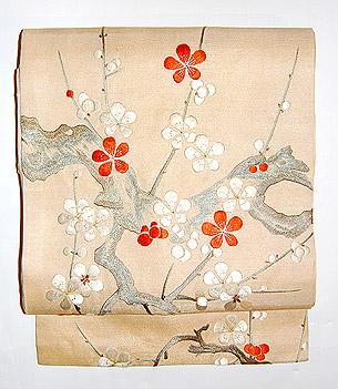 梅刺繍名古屋帯