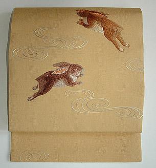波兎刺繍名古屋帯