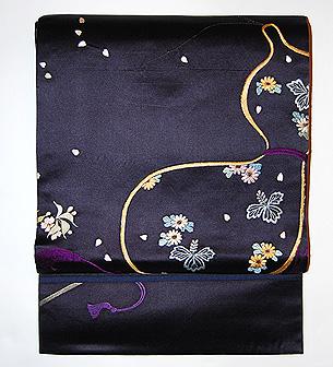 「花見の図」名古屋帯