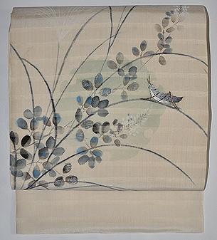 秋草にバッタ刺繍名古屋帯