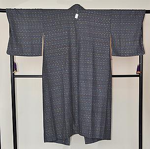 ひげ紬コート