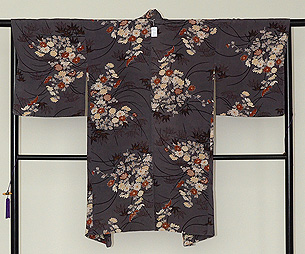 縮緬地菊の図羽織