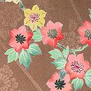 茶色地菊に鉄線の図 質感・風合