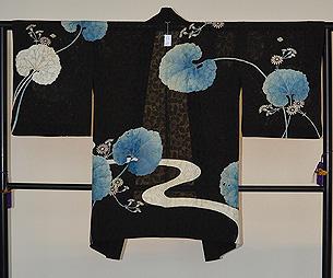 小菊に蕗の葉文様紗羽織