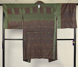 生紬に紋織りの羽織