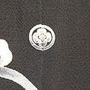 黒地梅に椿の図縮緬地友禅訪問着 一つ紋