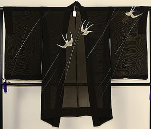 飛翔燕の図紗羽織