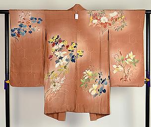 花々に山の実りの図羽織