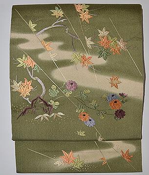 抹茶地紅花に菊刺繍名古屋帯