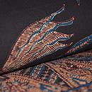 草花に舞う鳥の図手描きろうけつ染名古屋帯 質感・風合
