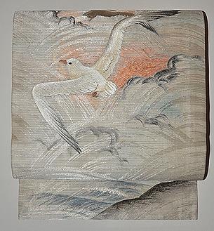 青海波にカモメの図丸帯