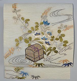 秋草に虫籠の図刺繍紗名古屋帯