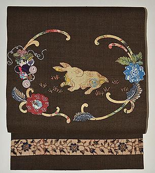 兎と草花コラージュ名古屋帯