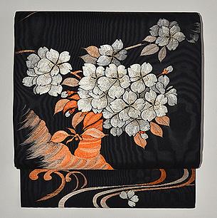 桜文様刺繍開き名古屋帯