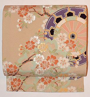 源氏車に桜の図名古屋帯