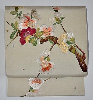 枝桜の図刺繍名古屋帯