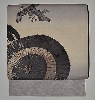 蛇の目傘に燕図名古屋帯
