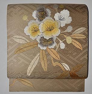 シャクナゲ刺繍名古屋帯