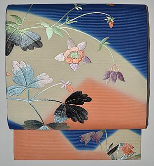 アールデコりんどうの花の図絽刺繍名古屋帯