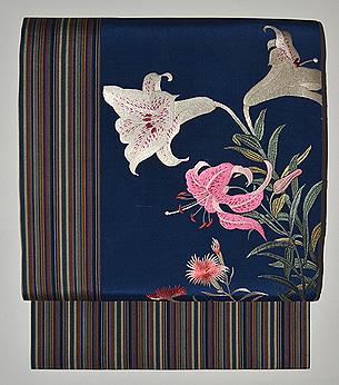 百合の刺繍名古屋帯