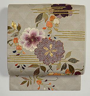 桜と藤の刺繍開き名古屋帯