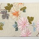 紅葉と牡丹刺繍名古屋帯 前中心