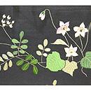 春の草花と鳥の図刺繍帯 前中心