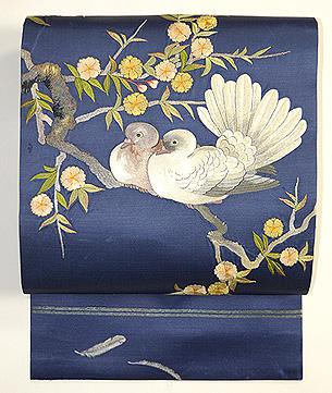 鳩と枝桜の図刺繍帯