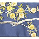 鳩と枝桜の図刺繍帯 前中心