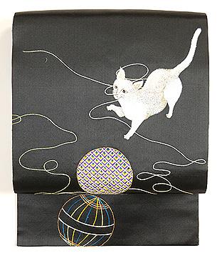 猫の手毬刺繍帯
